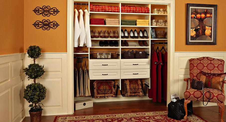 Custom Bedroom Closet Organizing Solution